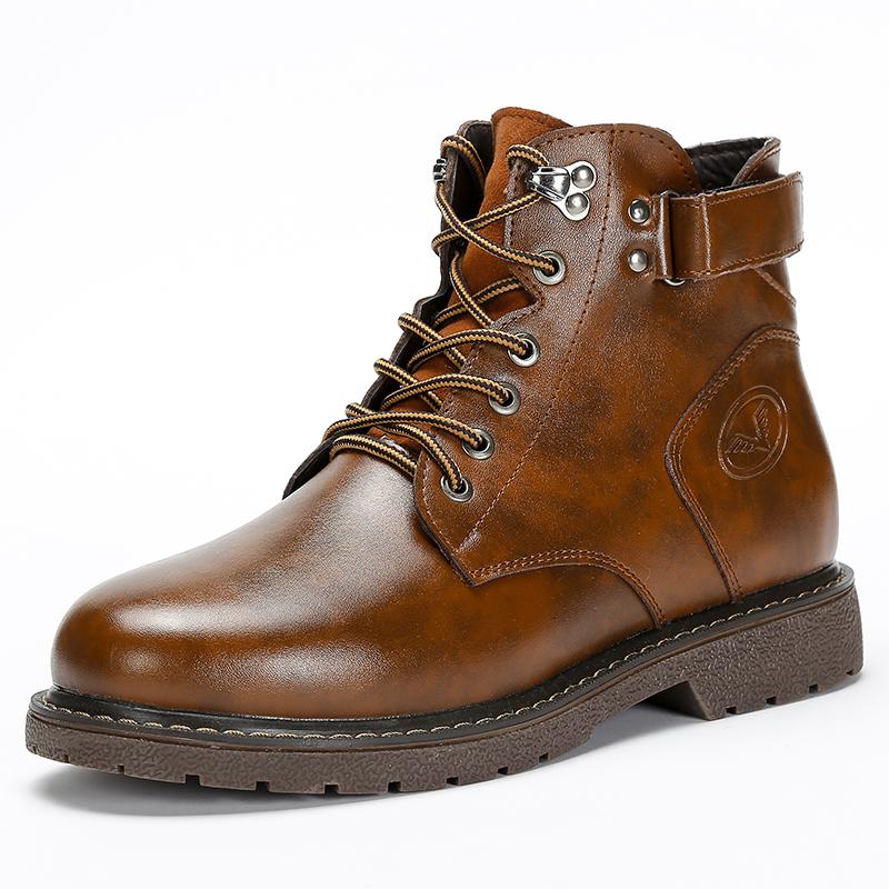 春季马丁靴男中高帮男士军靴黑色真皮皮靴工装靴子英伦大码潮新款