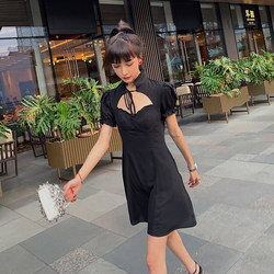 Du Yapi peach summer 2020 new dress women's waist shows thin Hepburn Style Sexy French bubble sleeve small black skirt