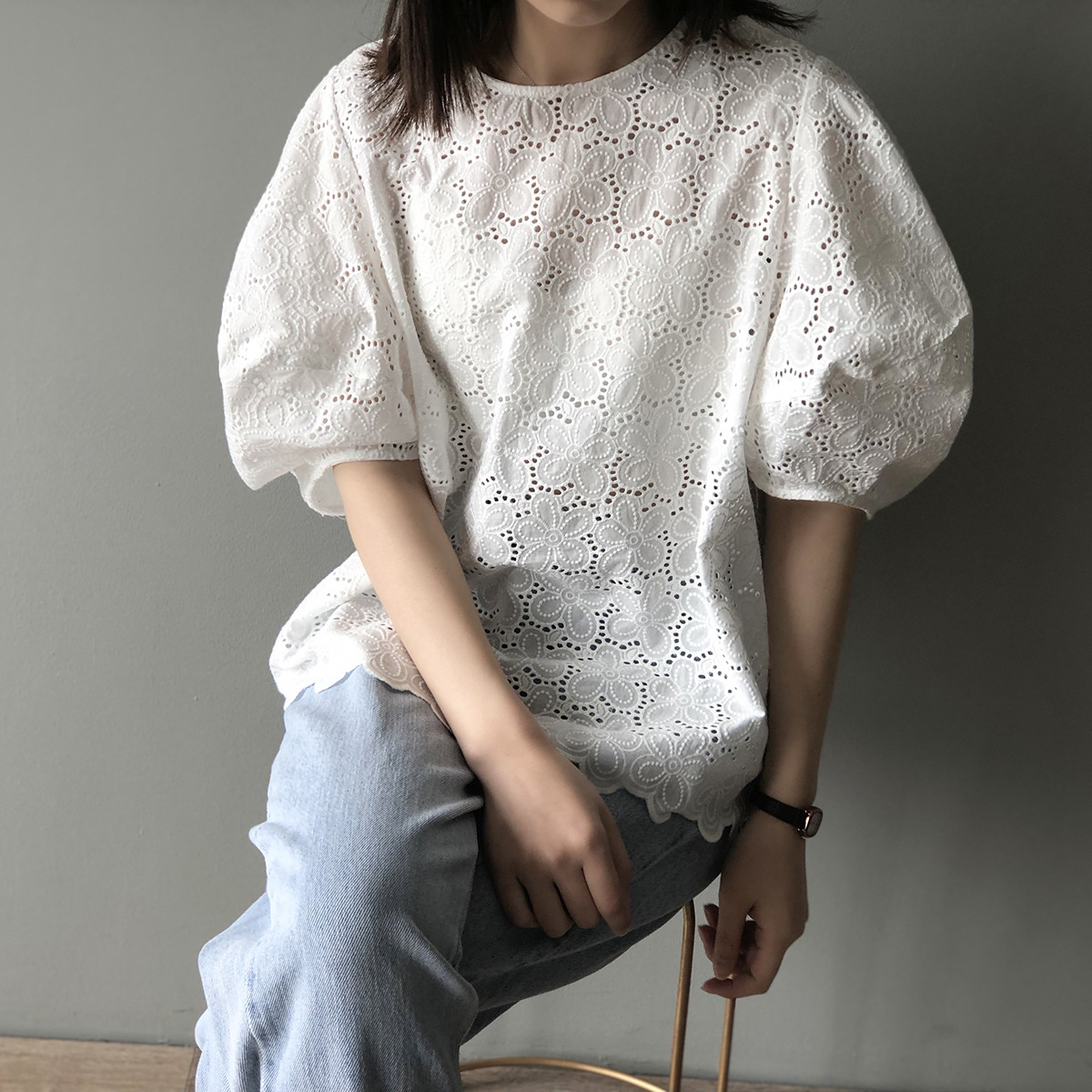Hoa rỗng cổ tròn áo búp bê nữ phiên bản Hàn Quốc lỏng lẻo đầu bong bóng ngọt ngào tay áo ngọn ren áo thủy triều - Áo sơ mi dài tay