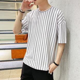 夏季男士短袖t恤韩版潮流条纹半袖男装上衣