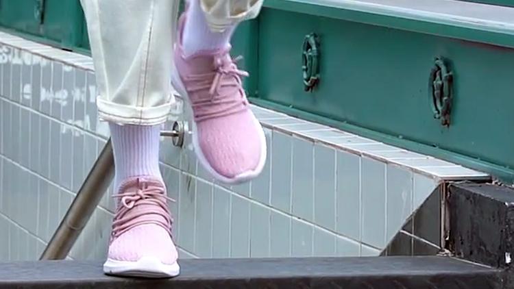 乔丹 网面透气运动鞋女