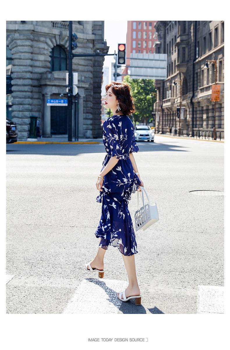 艾琴海印花雪纺连衣裙女夏2020新款V领仙女裙子荷叶边长裙