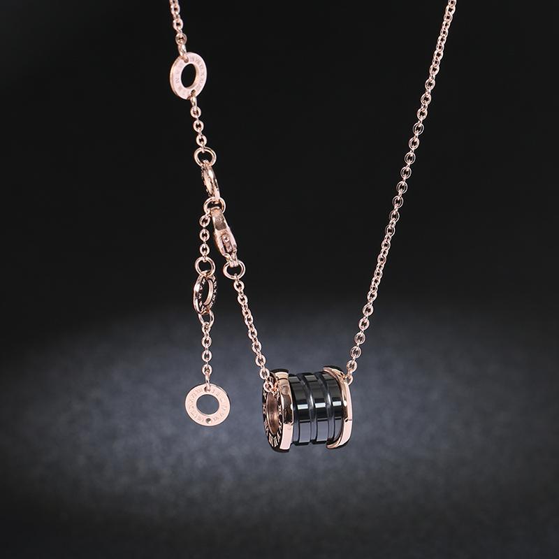 175e0fe5eec Korean version of black ceramic necklace titanium steel small red ...