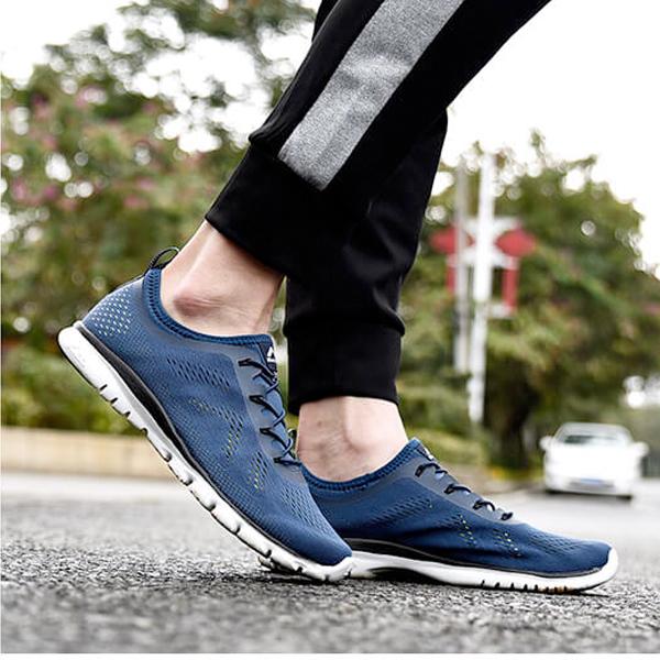 Salaman mùa hè giày chạy bộ nhẹ nhàng ngoài trời thoáng khí chống trượt giày đi bộ nam và nữ giải phóng mặt bằng giá slm96022 - Khởi động ngoài trời