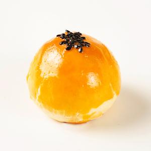 卡萨米亚蛋黄酥雪媚娘网红零食早餐咸鸭蛋黄麻薯手工糕点休闲小吃