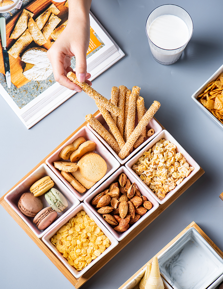 Nordic ceramic snack dried fruit tray frame of I sitting room dribbling creative household afternoon tea candy dessert plate