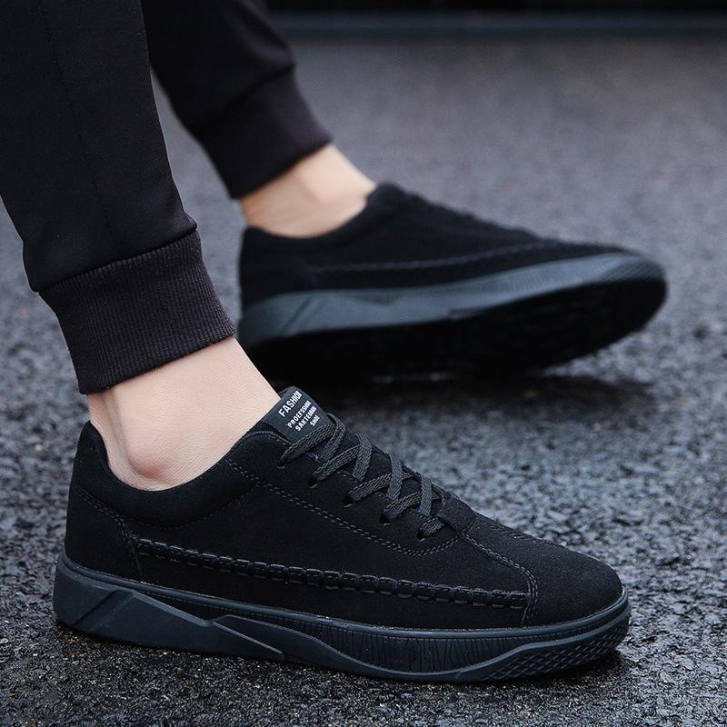 全黑色鞋子男鞋秋冬透气韩版潮流休闲鞋磨砂皮耐磨系带平底板鞋男
