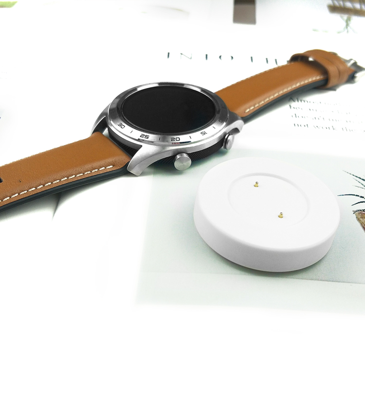 Huawei gt/charger glory magic2 GT2 watch/Dream Huawei watch2 pro intelligent motion energy, refined the prototype base magnetic suction the original 5 a quick charge cable replacement