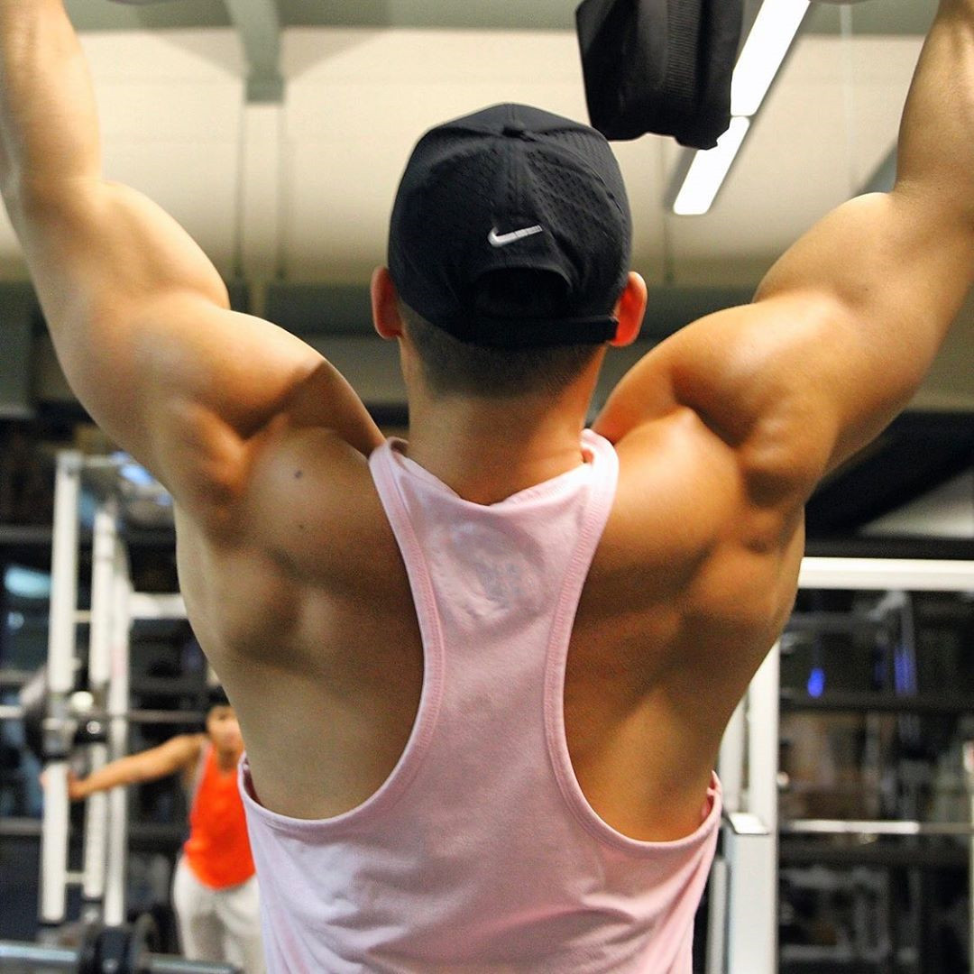 Metis 夏季健身背心男寬松無袖工字型露背肌肉兄弟隊長訓練彈力上衣T恤
