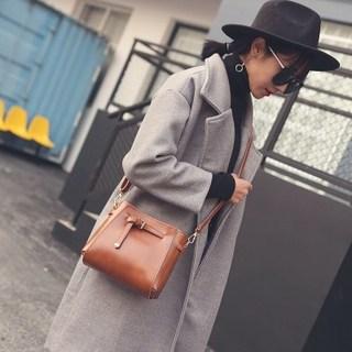 女士小包包2018新款单肩斜挎包时尚百搭水桶包韩版休闲简约小包潮