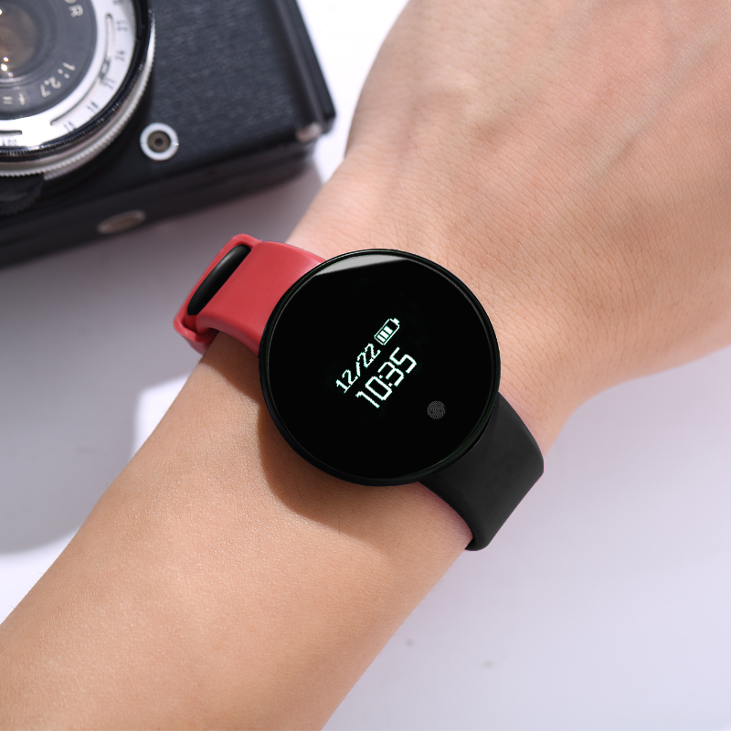 Red And Black [waterproof + Call Reminder + Sports Step + Vibration Alarm + Sleep Monitoring + Remote Control Camera]