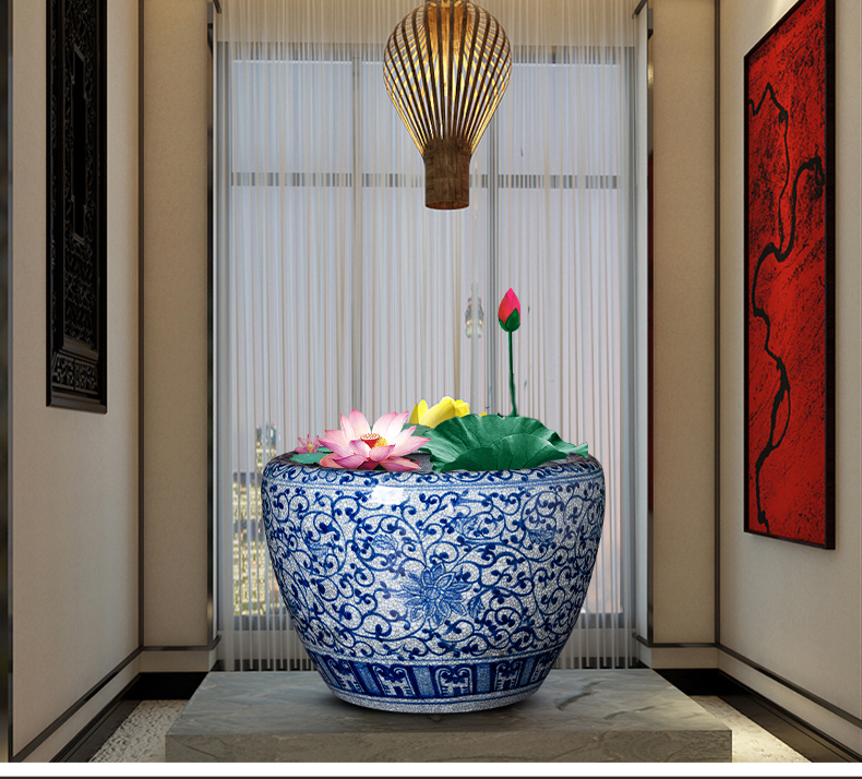 Blue and white porcelain of jingdezhen ceramics antique hand - made large aquarium calligraphy and painting scroll to receive the sitting room of Chinese style household furnishing articles