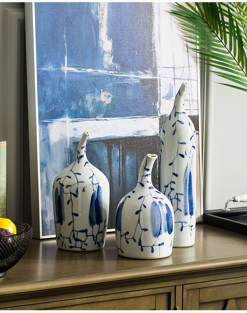 Ceramic vase furnishing articles sitting room furniture put dry flower, contracted and I art decorative flower implement wind blue and white porcelain arts and crafts