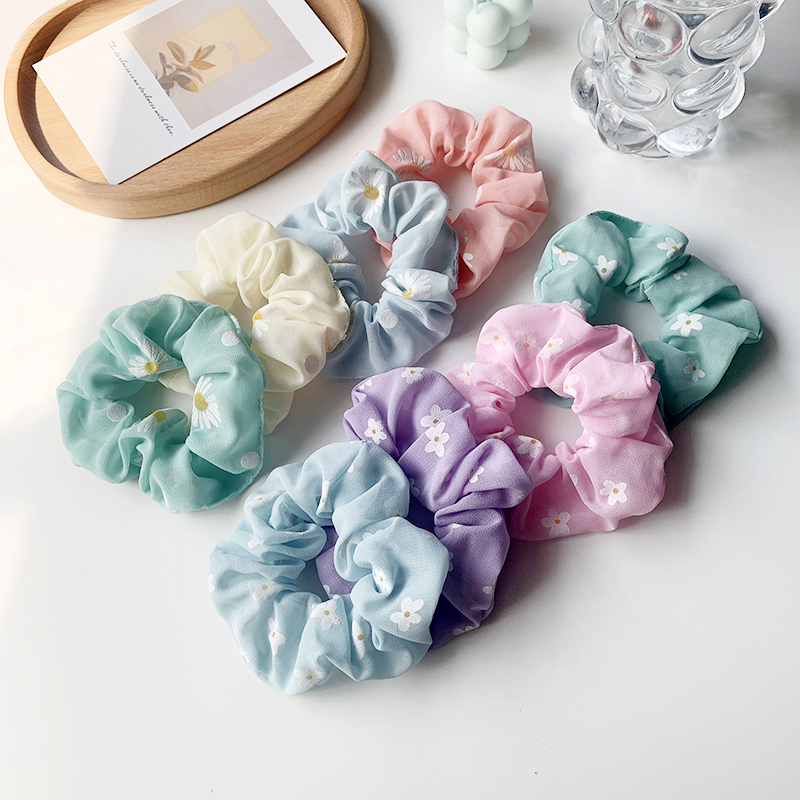 Small daisy retro girl style sweet and cute head rope hair accessories wholesale NHOF251162
