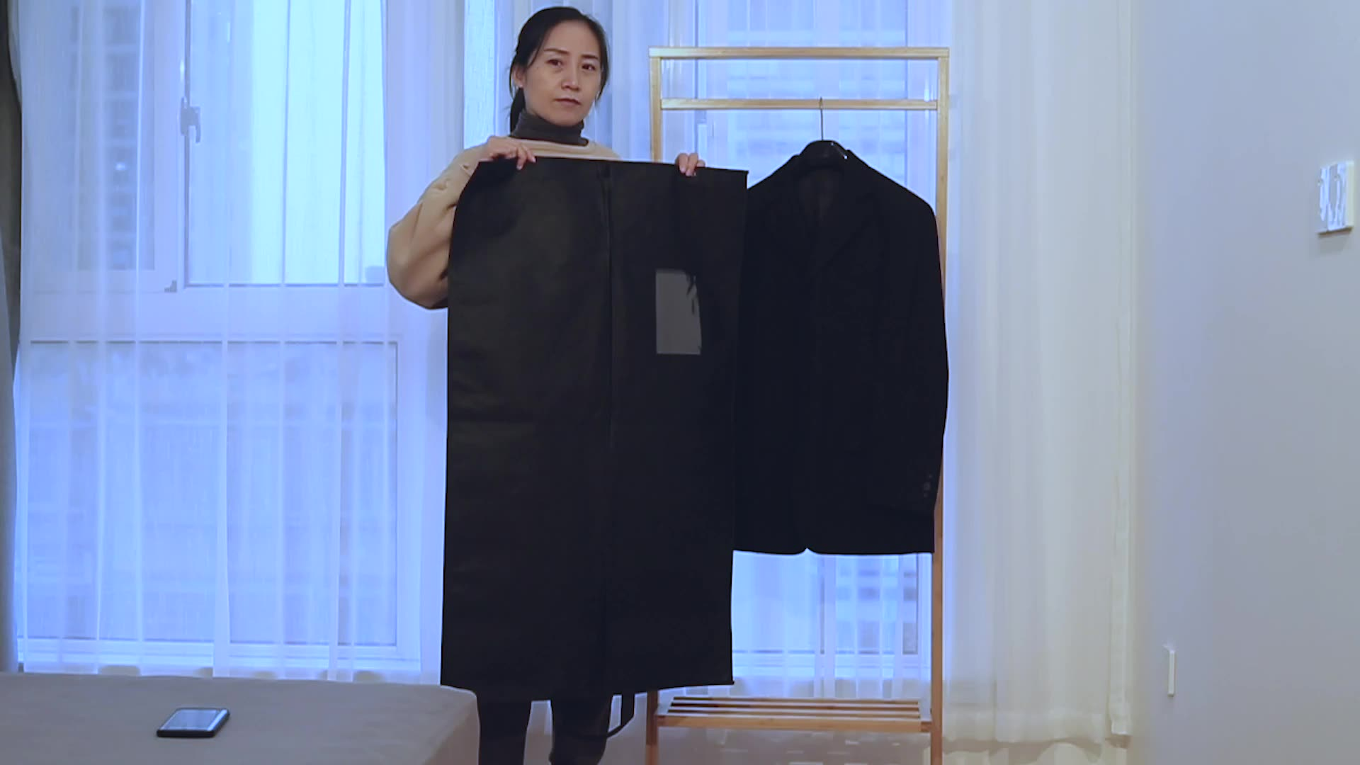 Low MOQ non woven requirement  garment suit cover bag for storage