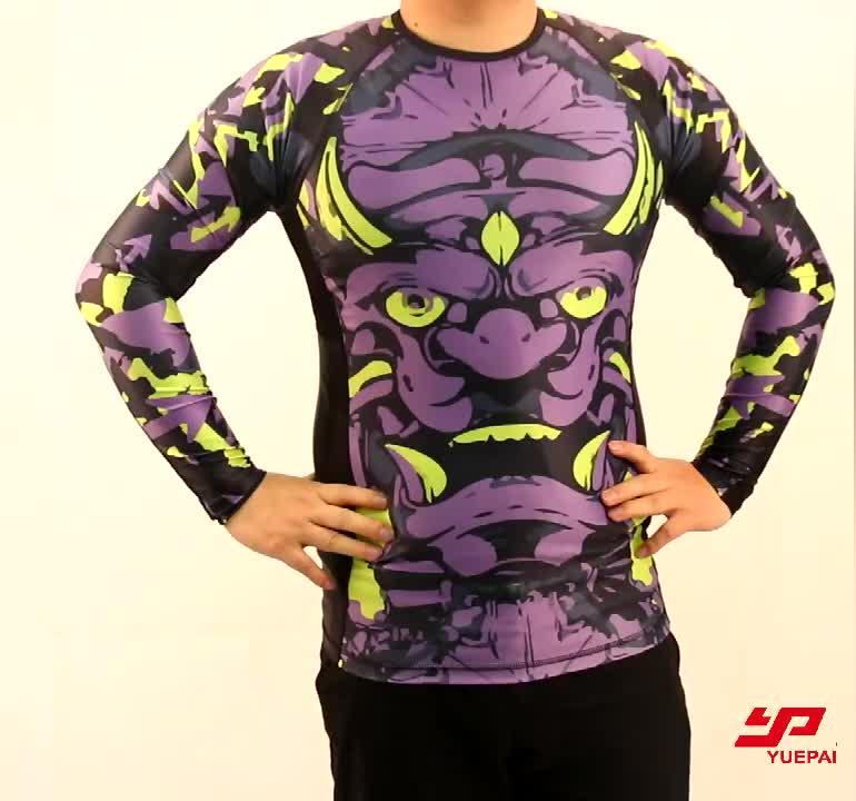China Hersteller atmungsaktiv Mode Design Sublimation individuell bedruckte Fitness Sport MMA tragen