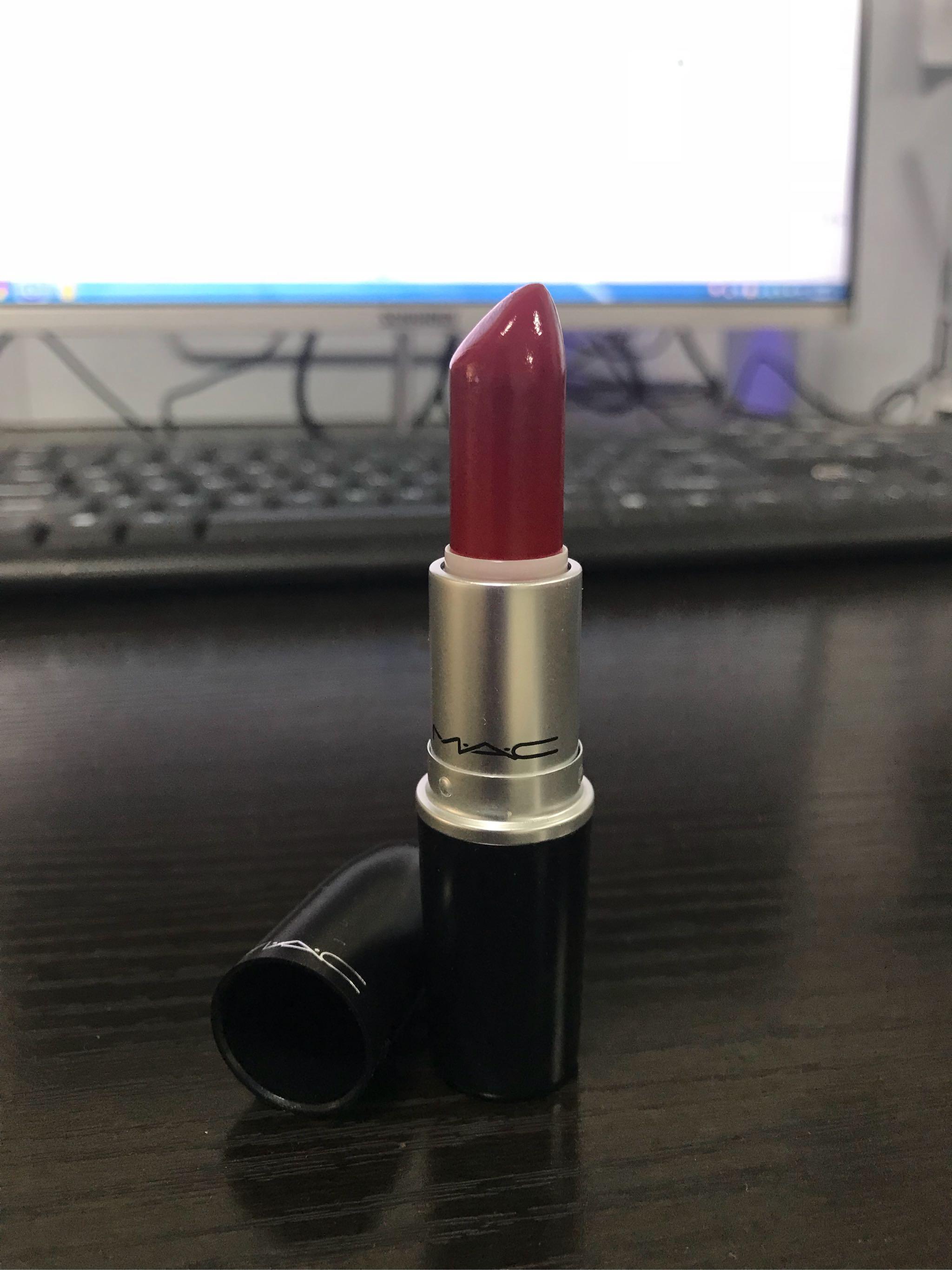 mac lady bug热卖番茄红口红试色——黄皮素颜显少女