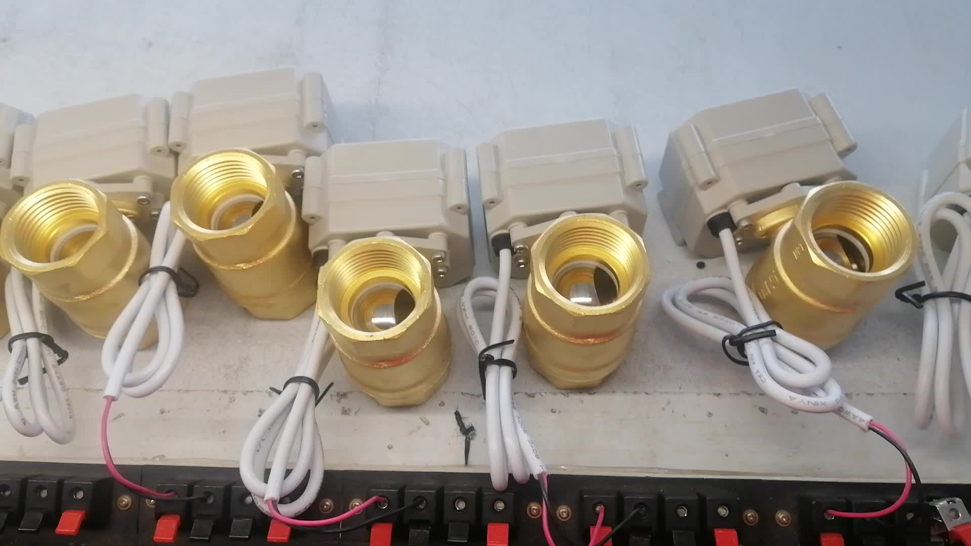 A20-T25-B2-C DN25 brass CR202 DC24v normally open/closed motorized valves 25mm