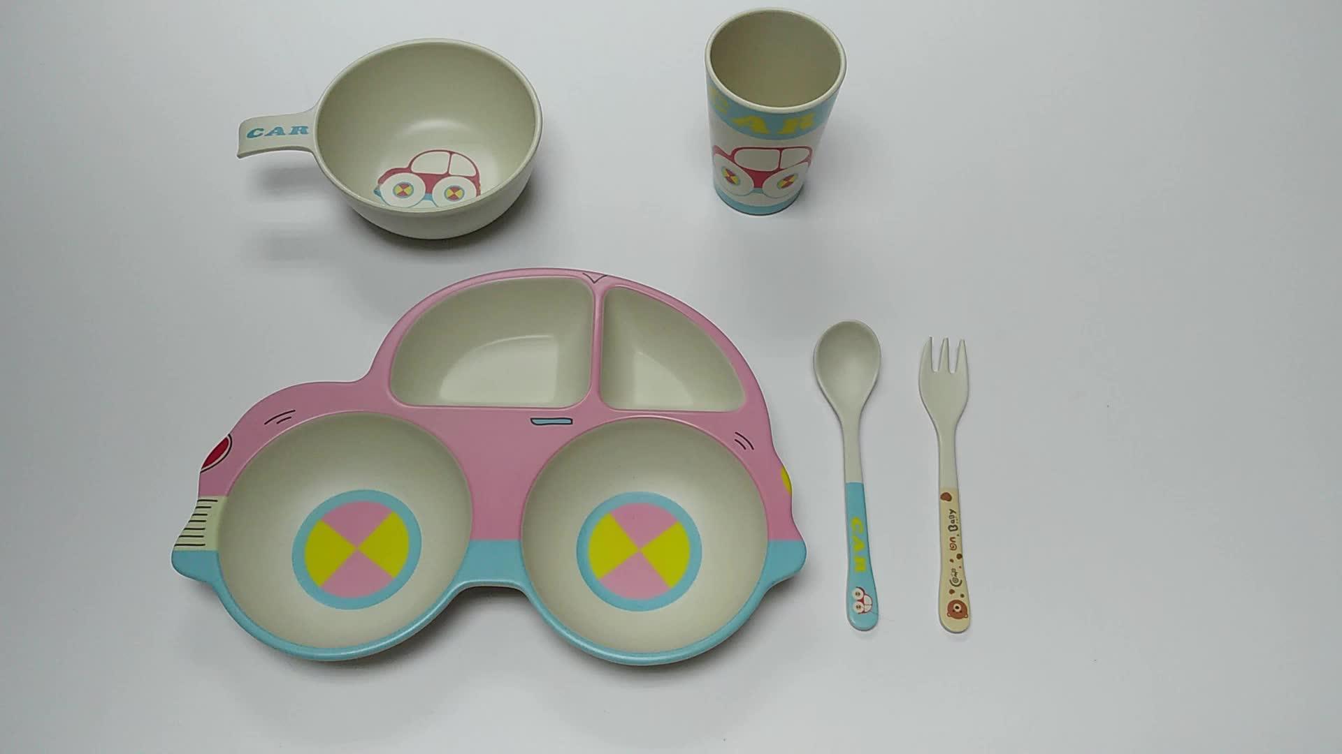 Fertigen Sie das Drucken des niedlichen Auto-Form-Bambusfaser-Kindergeschirr-Sets für Abendessen besonders an
