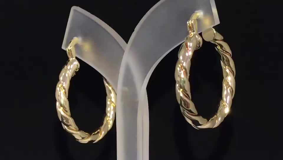 Guangzhou Manufactures Fashion Design Twisted Large Earrings