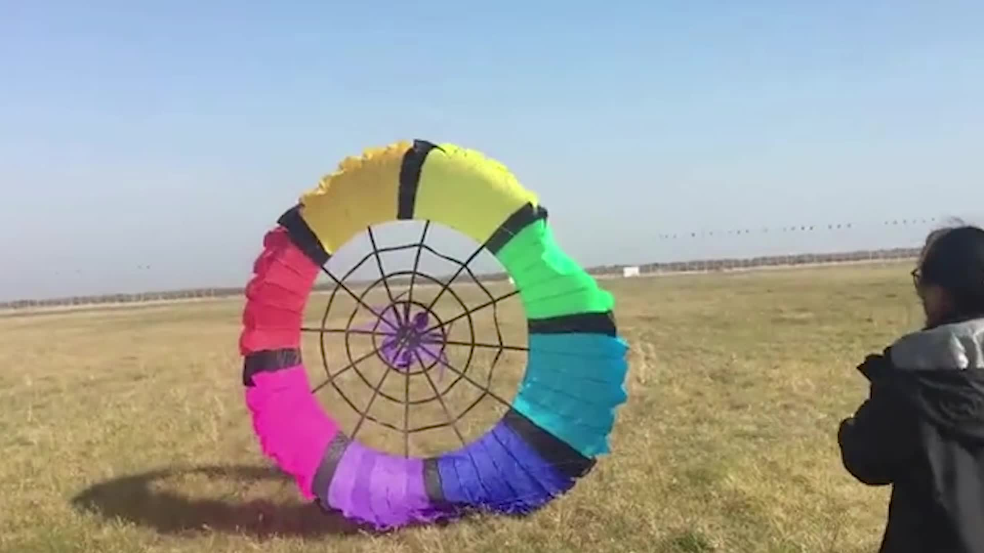 Chinese factory unique design fashionable  core rainbow  large inflatable kite