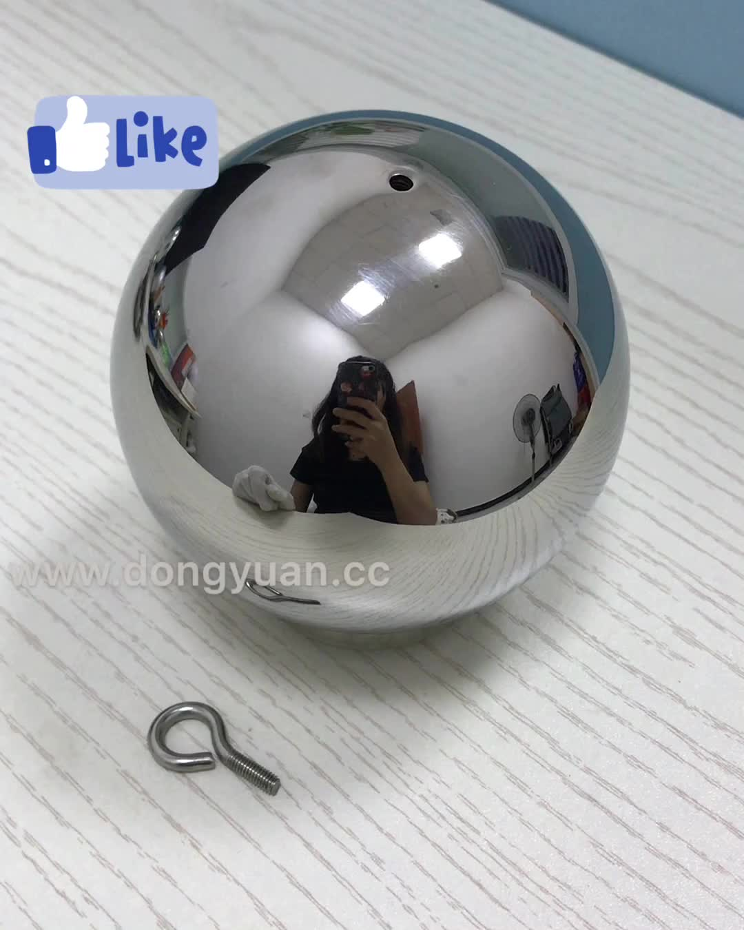 Hanging Stainless Steel Ball with Screw Loop for  Christmas Decoration