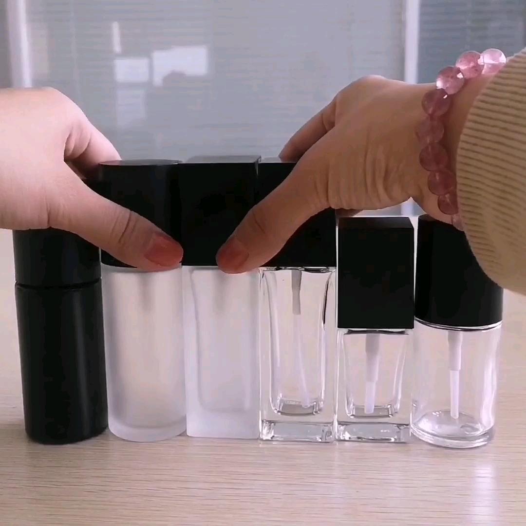 Empaquetado cosmético cuadrado frost cosmética botella con bomba de la loción de base y base de maquillaje