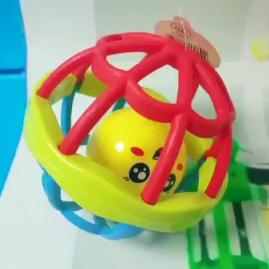 Juguetes 2020 bebé juguete educativo bola suave del traqueteo del bebé de juguete