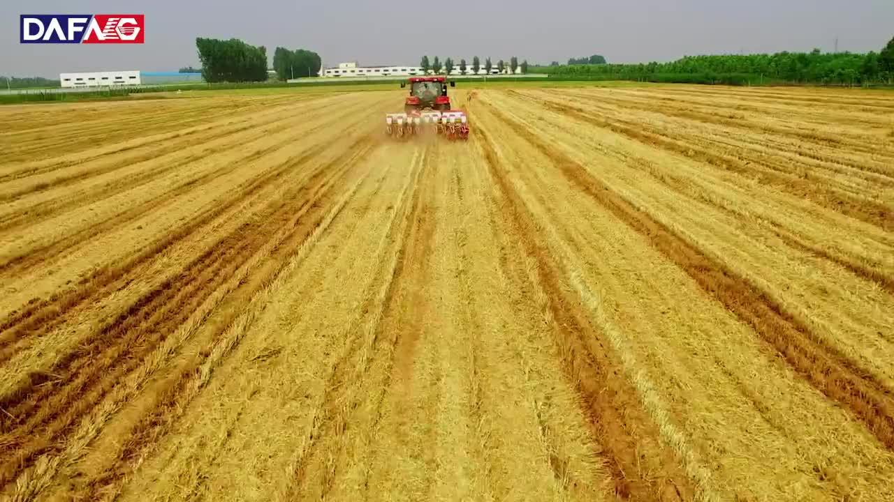 Easy Operation Tractor Seed Sower Machine Mini Tractor Seeders & Transplanters