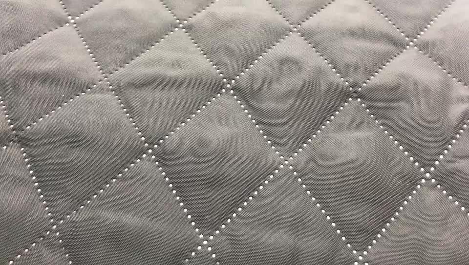3 परत पॉलिएस्टर कपड़े सस्ता quilting के कपड़े के लिए कपास खचाखच भरा हुआ जैकेट softshell