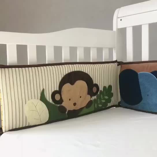 Newborn Crib Bumpers Breathable Pads 4 Piece animal style for Baby bumper set