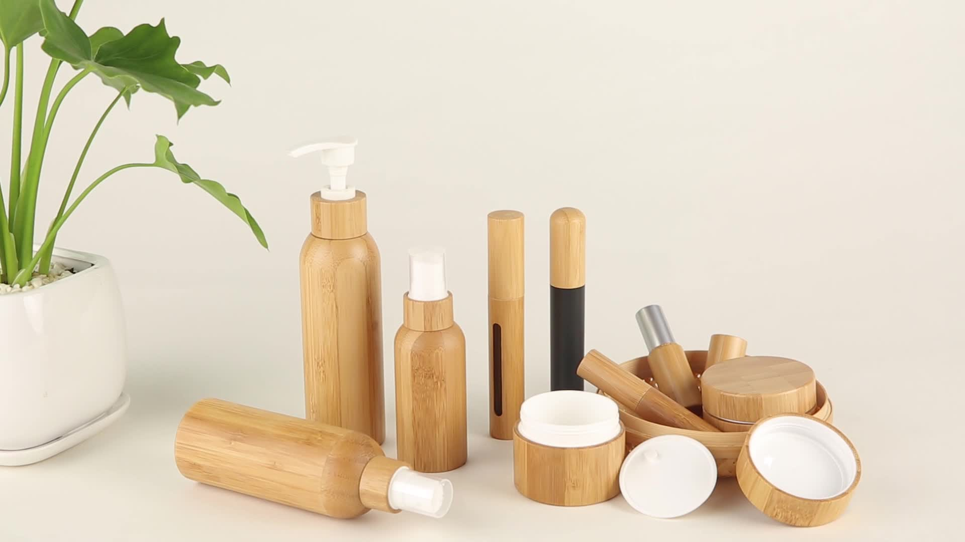 Natural color bamboo essential oil bottle with dropper