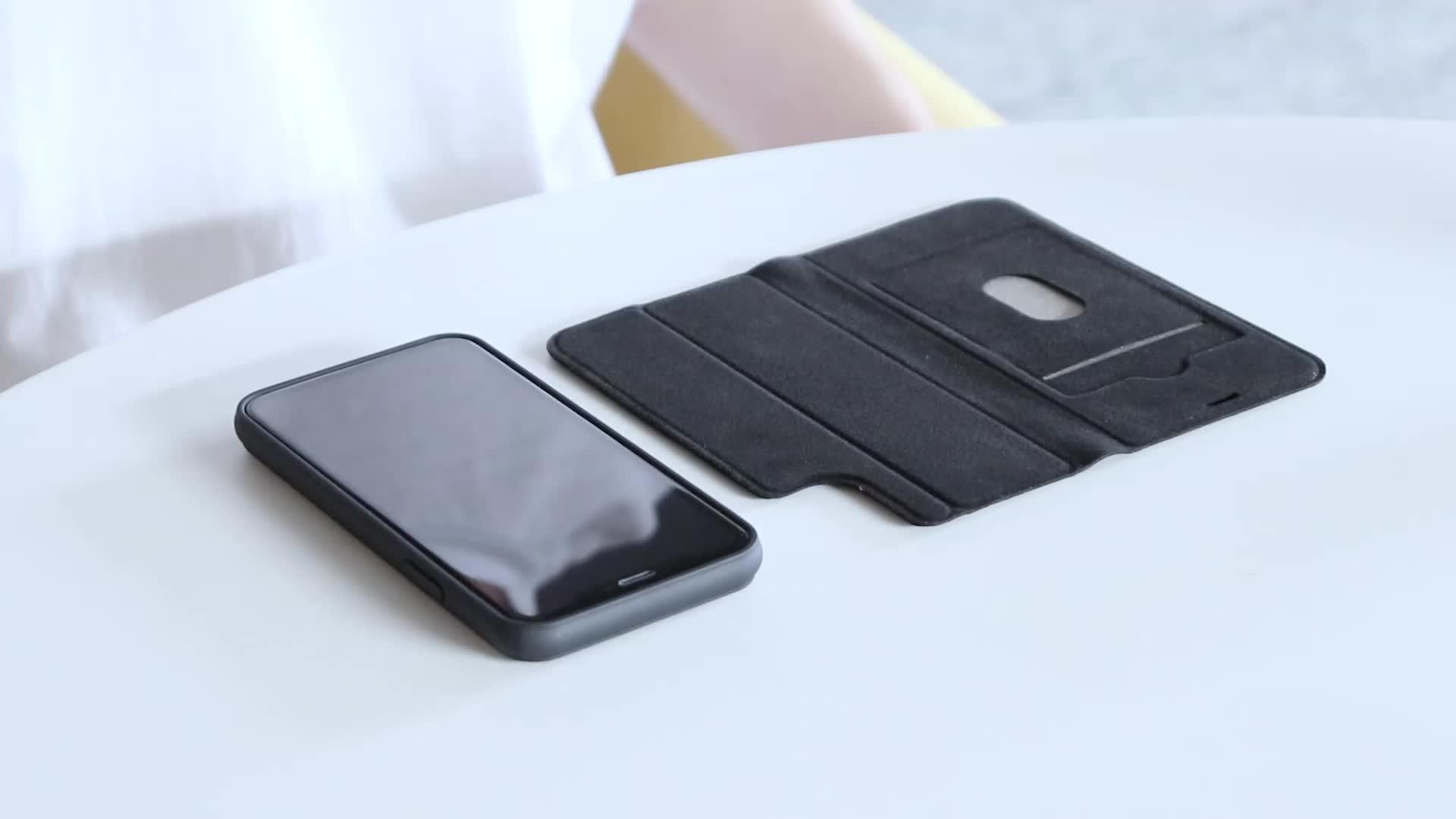Laudtec Facebook Hot Sale Patent Detachable Leather Case for iPhone 11 Pro Max Small MOQ