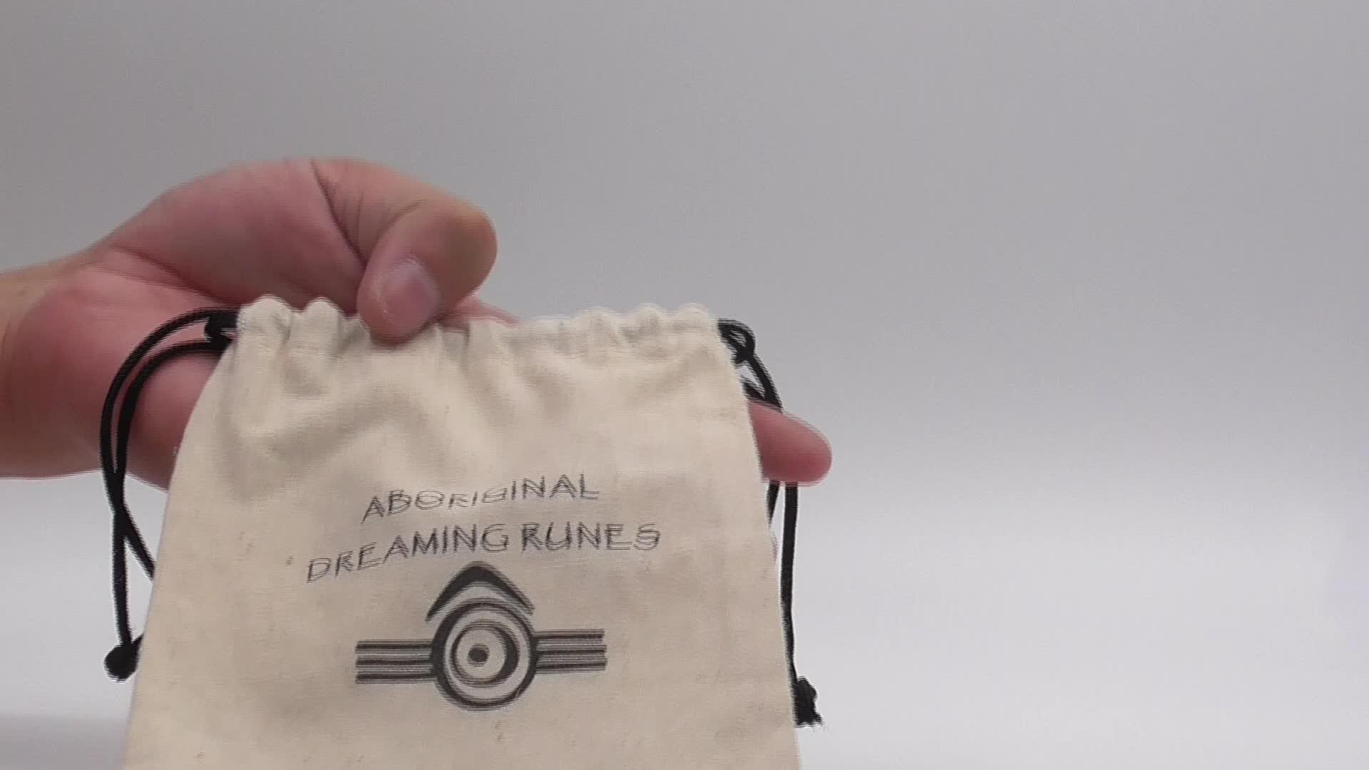 Toptan eko dostu özel logo baskılı beyaz katlanır İpli % 100% organik pamuklu kumaş çanta