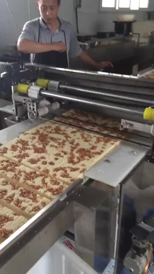 Automatic Muesli Nut Candy Bar Making machine Cereal Protein Energy Bar Production Line