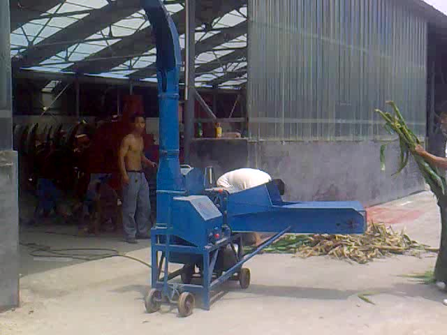 Diesel engine cow feed grass cutter machine price