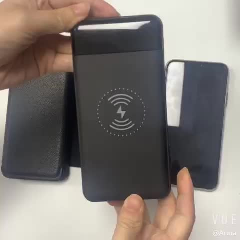 2020 Detachable Portable Solar Power Bank 10000mAh with Solar Panels Dual USB Type C QI Wireless Charger Power Banks