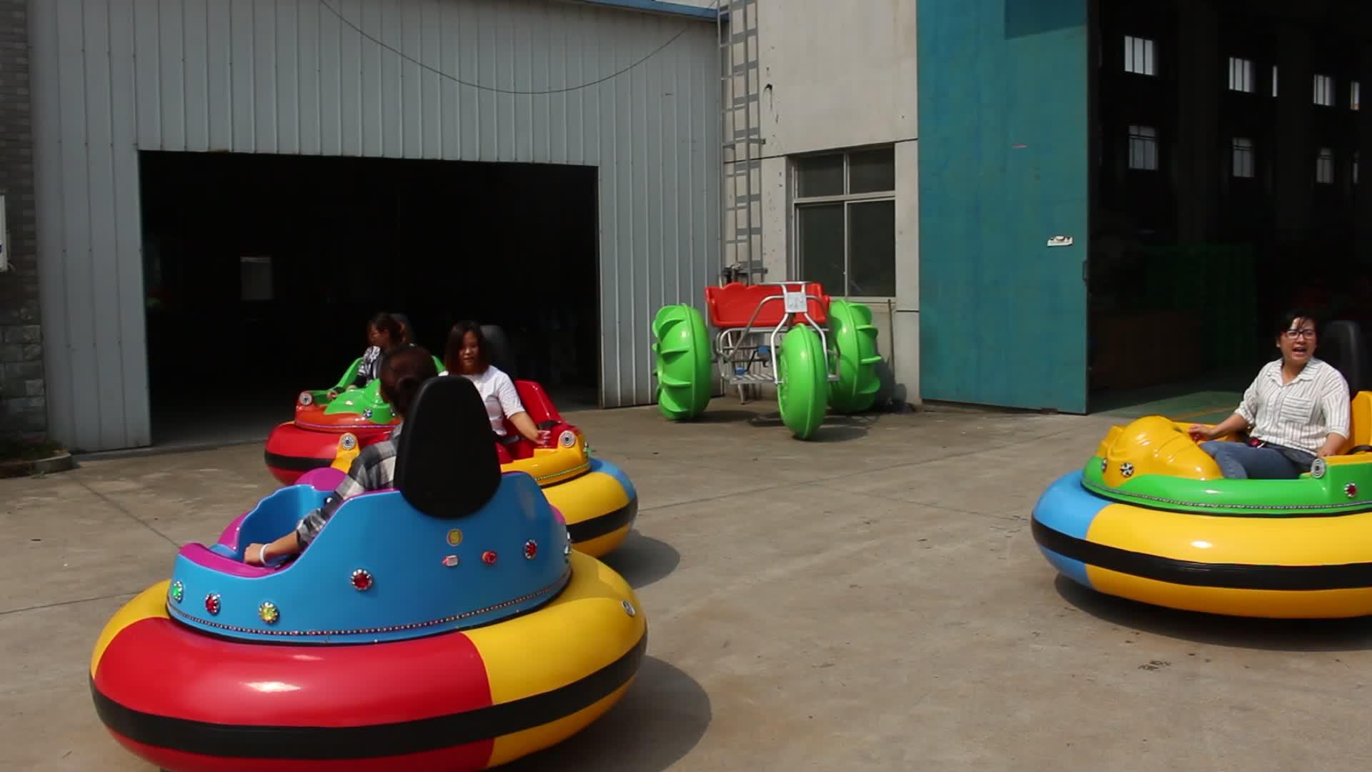 Parque de diversões ao ar livre comprar bateria carros de choque elétrico para venda nova
