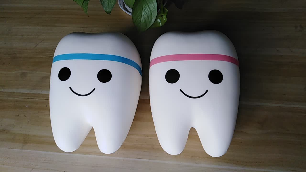 HOT Selling Factory Direct Pricing Small Toothy Squishy Doll Stress Relief Toy