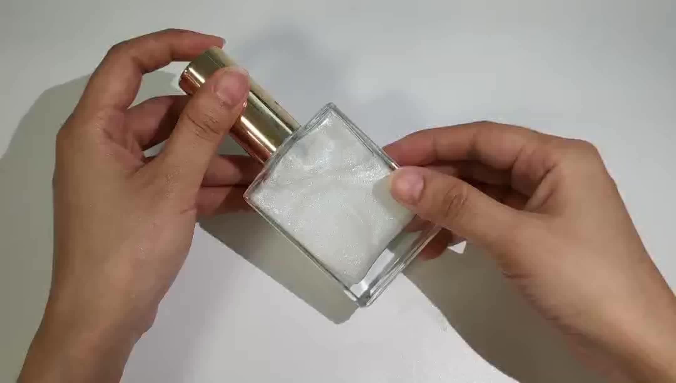 プライベートラベル有機ムーンミルクきらめくジャスミンの精油女性ボディシマーマッサージオイル