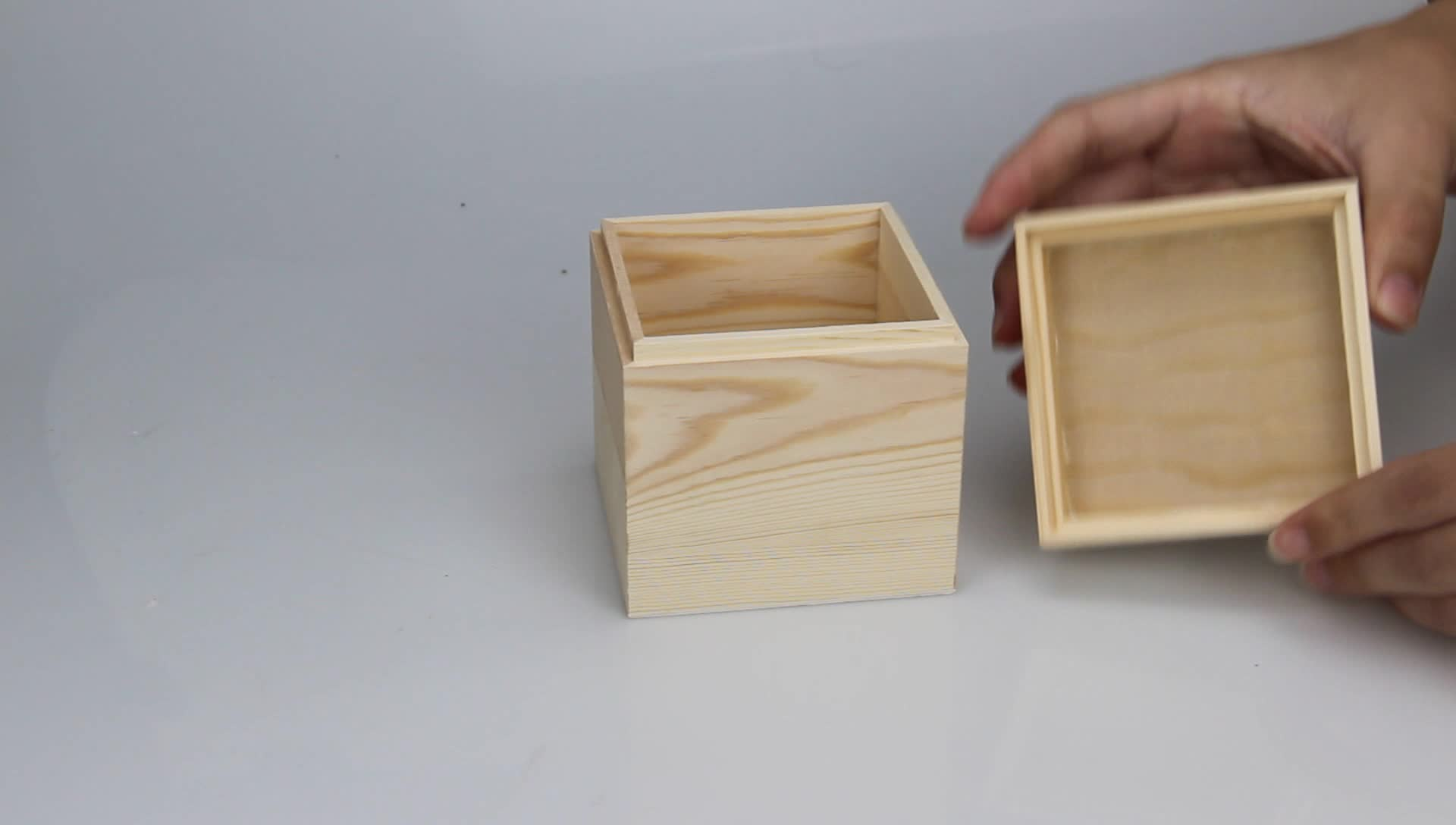 wholesale handmade cheap small square gift wooden box