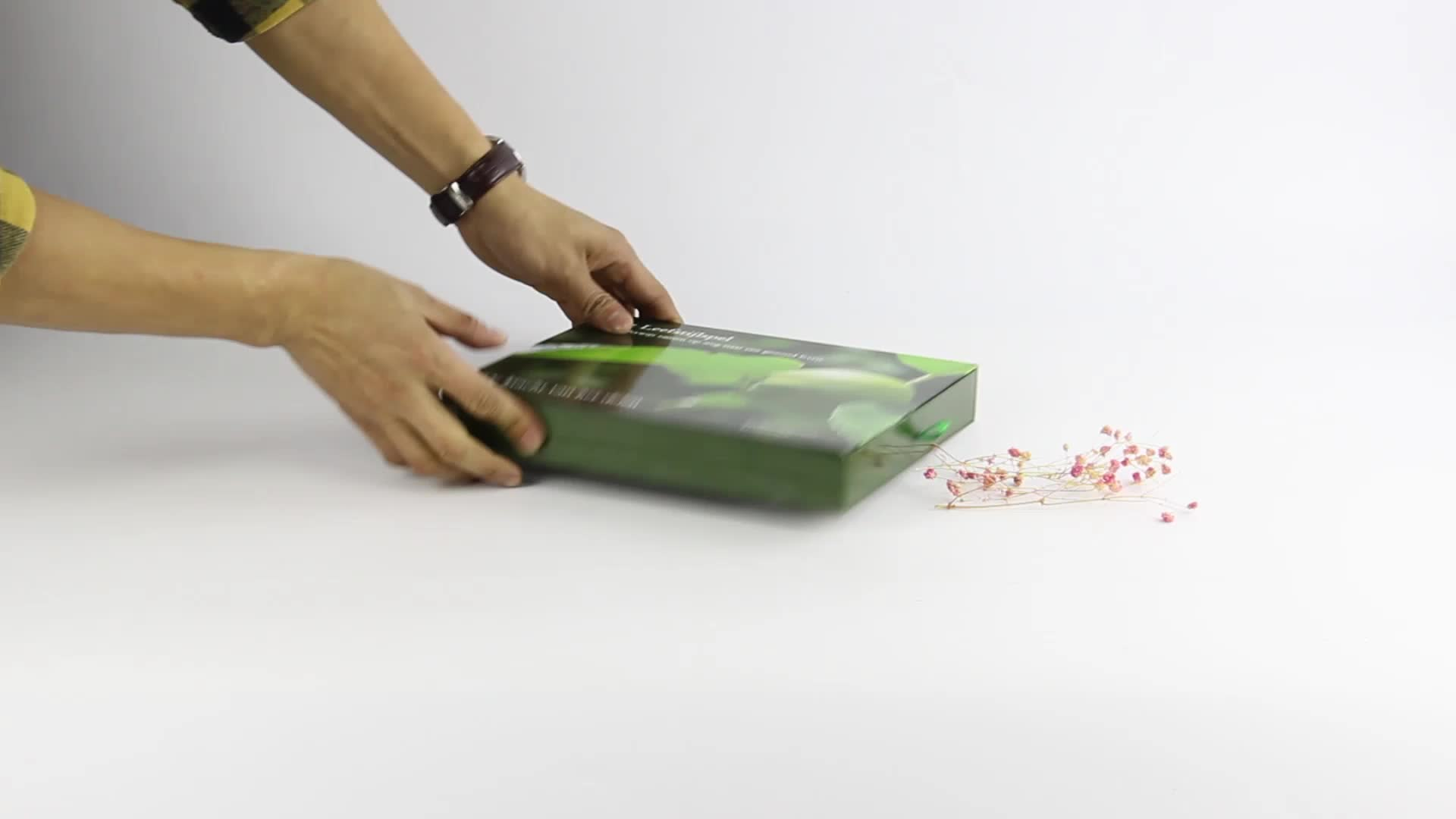 Lip and bottom scarf clothes packaging gift box with PVC window