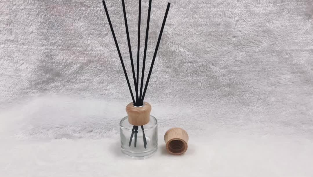 Customized 100ml Reed DIffuser Bottle round aromatherapy wood cover reed diffuser wooden cap