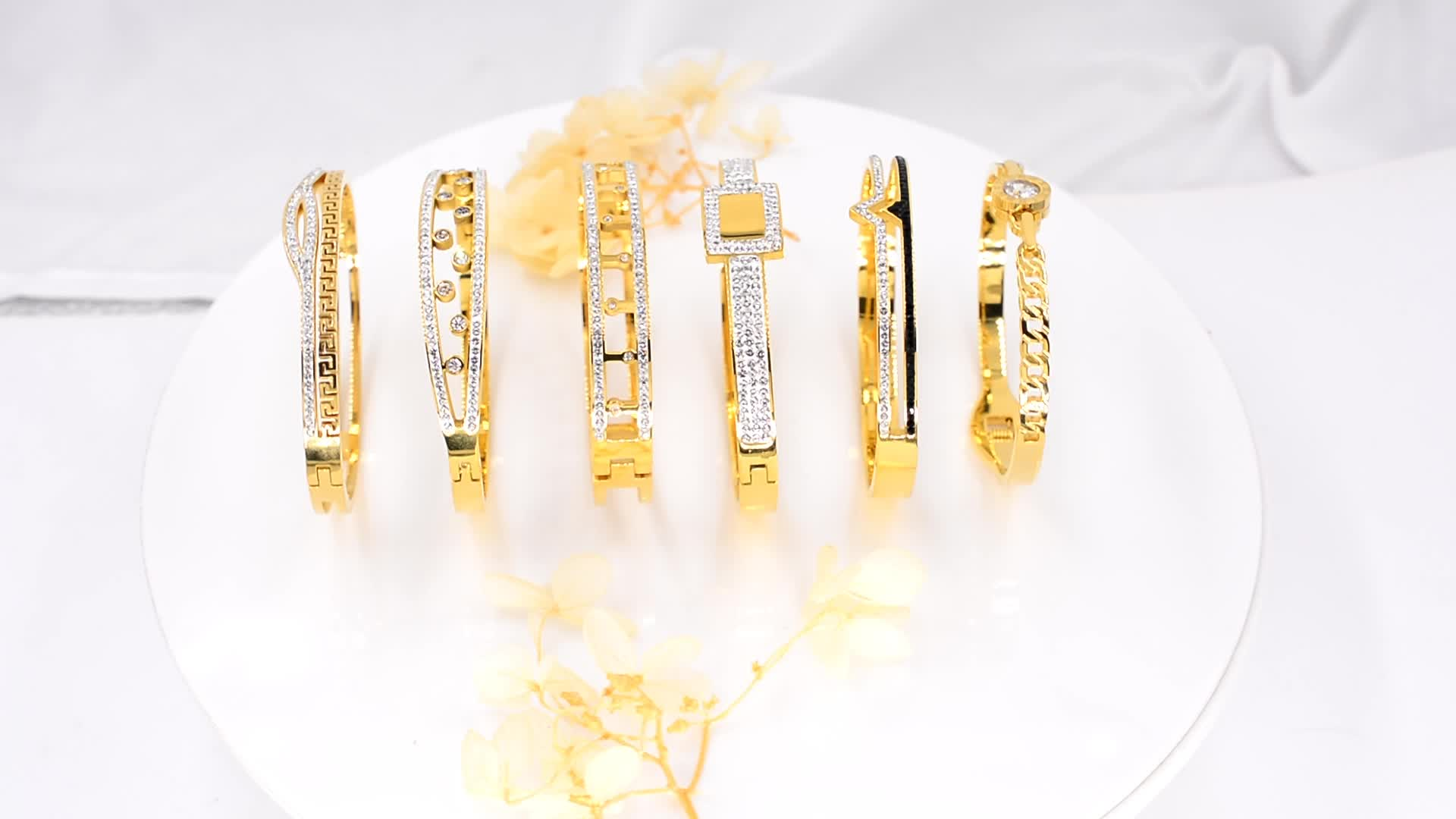 Modalen Steel Hollow Cuff Bracelet High Quality for Ladies Rhinestone Gold Plated Bangle