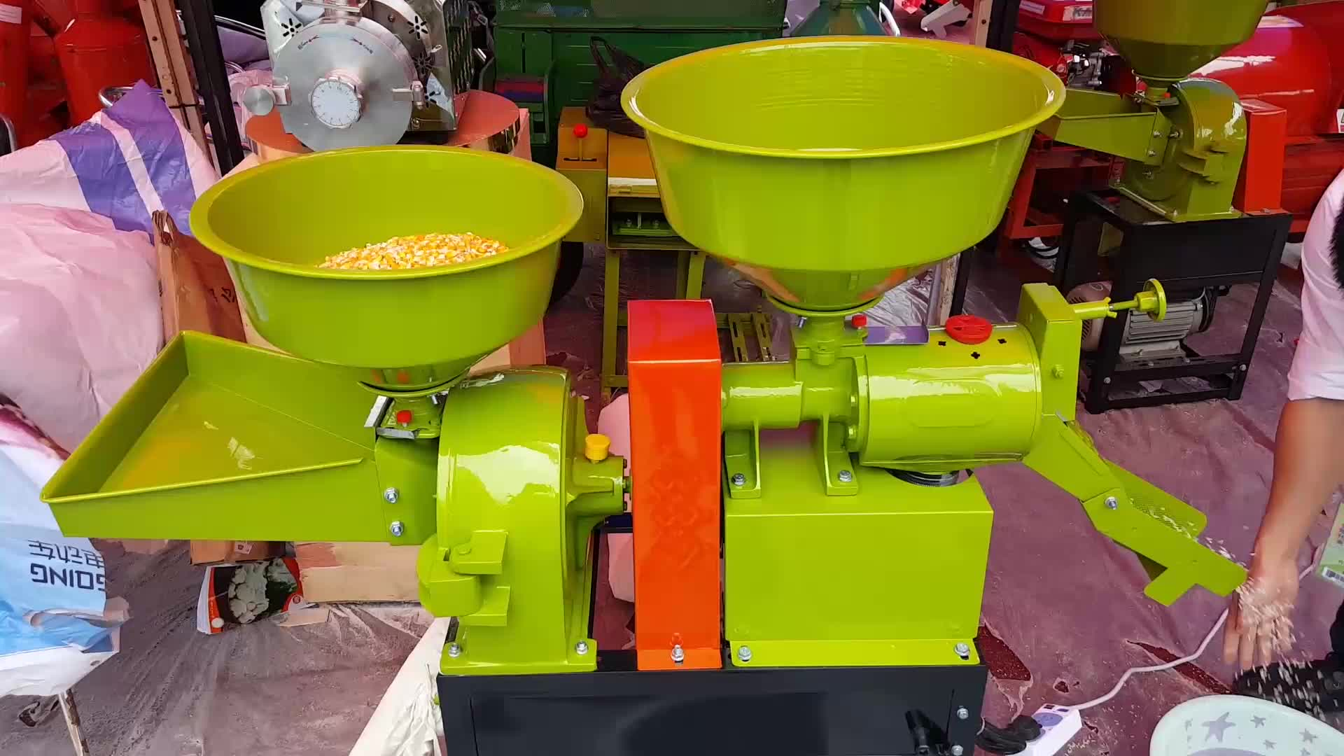 อุปกรณ์การสีข้าวแบบครบวงจรราคาถูกที่สมบูรณ์