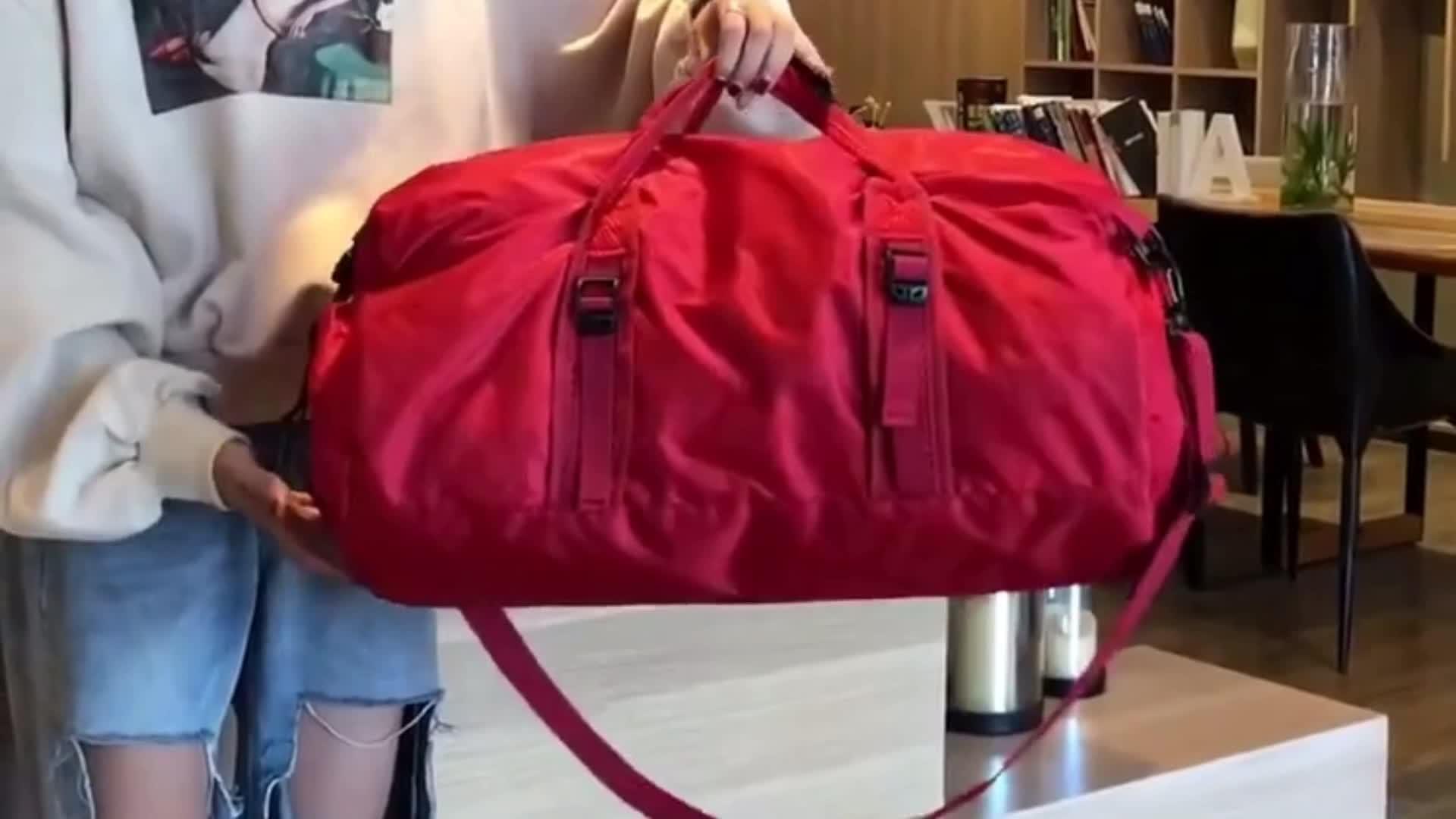 Chine Voyage Sport Gym Bagages personnalisé sacs de sport, Nouveau style mode extra-large sac de voyage étanche