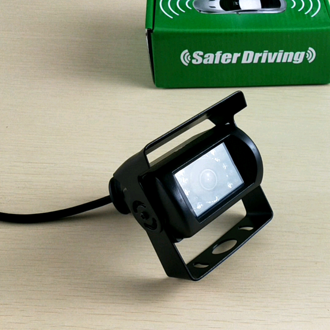 Saferdriving Wireless dual truck bus cameras 7inch split image monitor wireless camera system  XY-WS-D2
