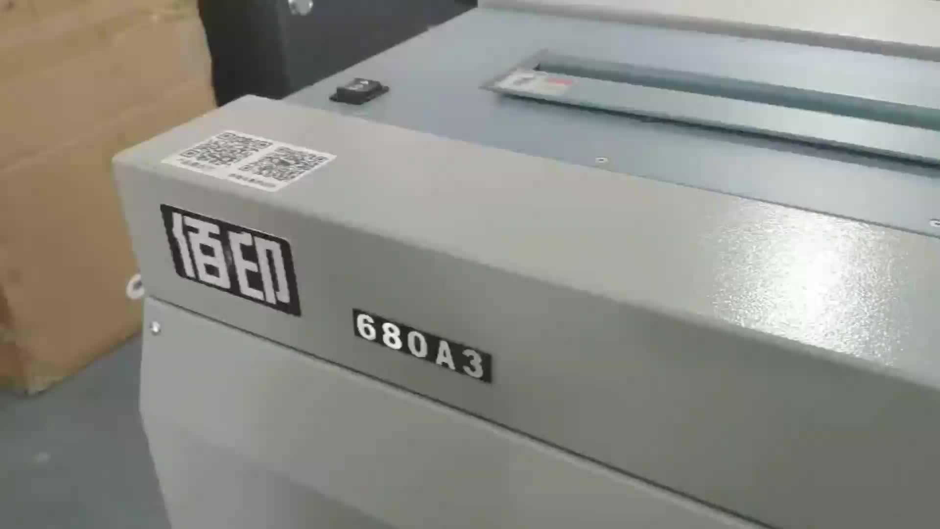 DB-680A3 Sempurna Book Binding Machine dengan Sisi Mesin Jilid Lem Harga