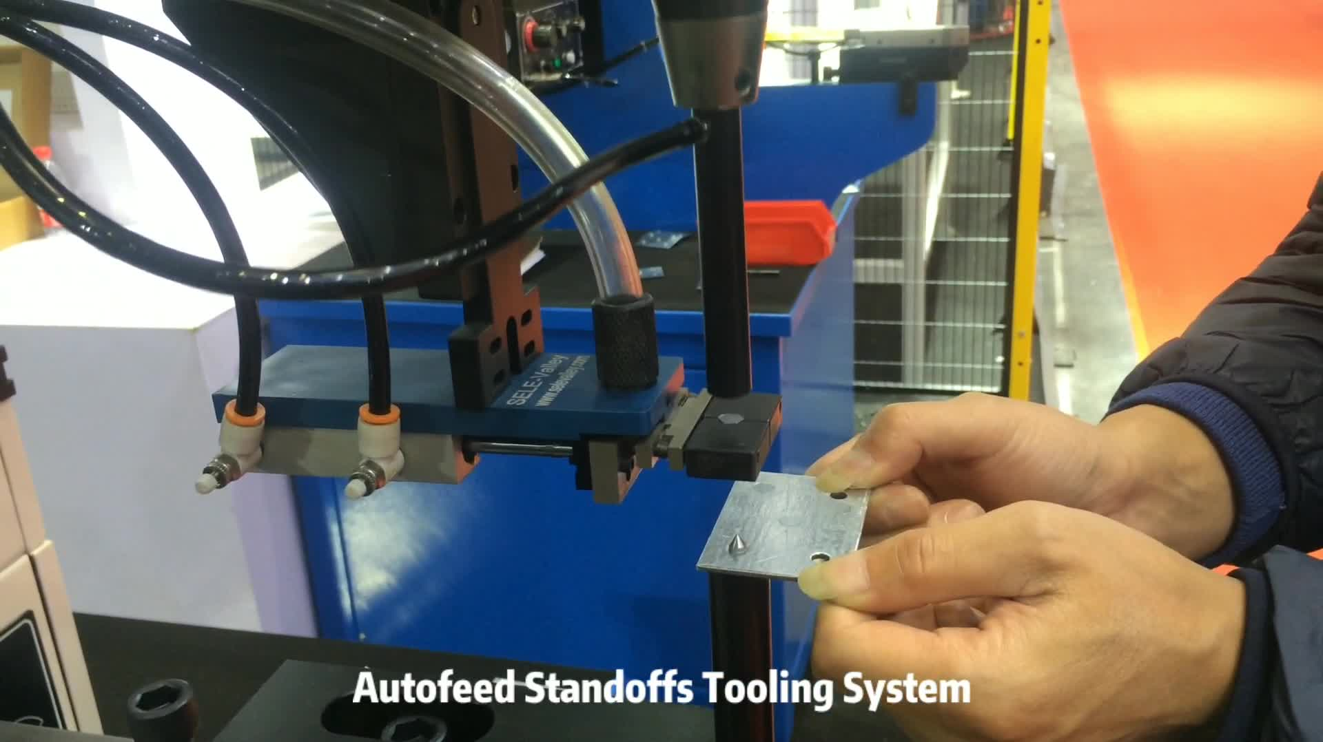 618 Plus Fastener Insertion Machine With Shuttle Tooling System
