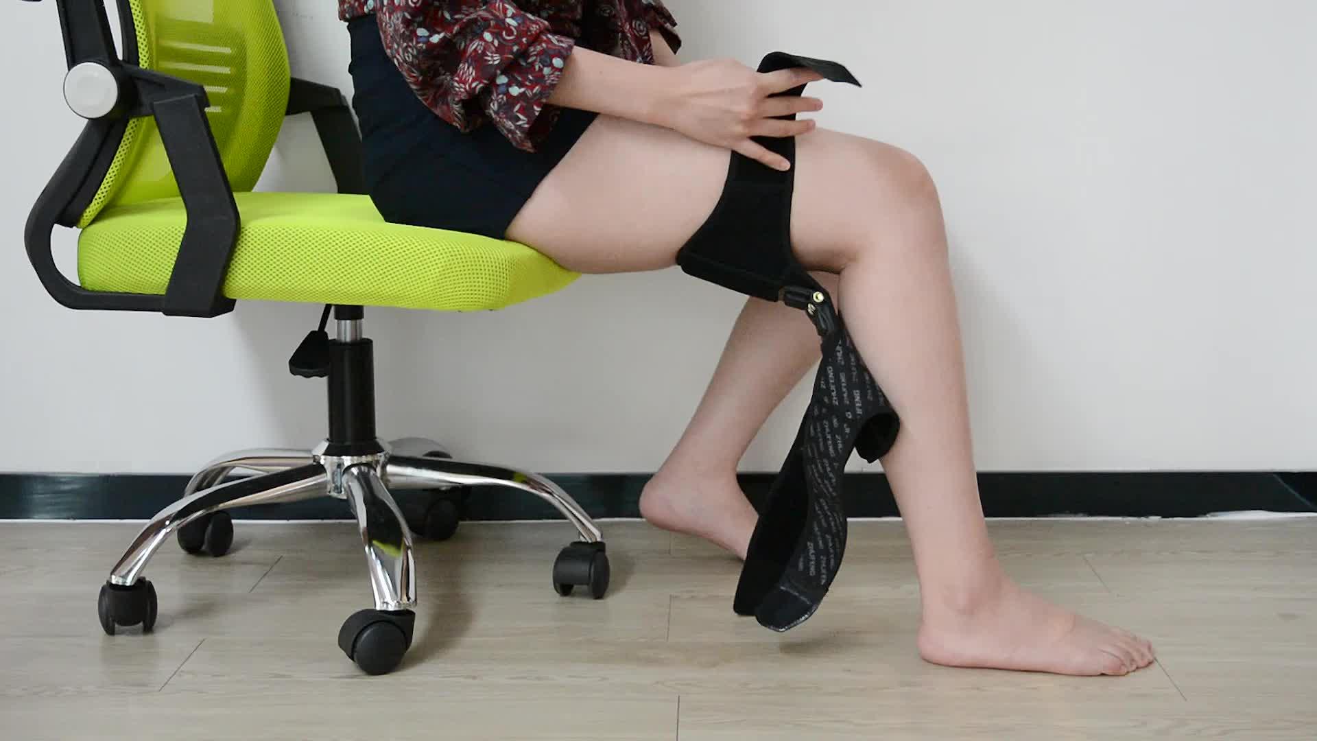 登山ノンスリップ電源リフト春力膝ブースターサポート膝パッドを保護するために膝